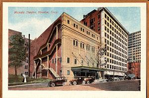 John Eberson - Eberson's first atmospheric theatre, the Majestic in Houston, Texas (now razed)
