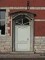 Marchienne-au-Pont - Château Bilquin-de Cartier - 12 - aile ouest - porte.jpg