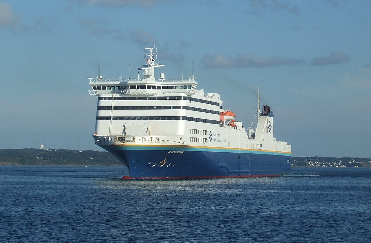 Bow Of A Boat >> MV Blue Puttees - Wikipedia