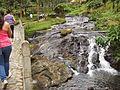 Medellin vistas paisajes cascada 01.JPG