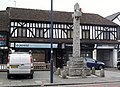Memorial, High Street, Edgware (geograph 4169633).jpg
