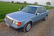 Mercedes e200 w124.jpg