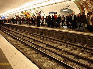 Paris Métro Line 13 - Saint-Lazare station at rush hour