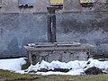 Mezzolombardo, Castello della Torre - Fontana.jpg