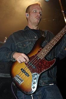 Mike Dean (musician) - Wikipedia
