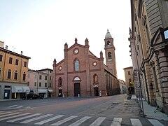 Duomo di Mirandola (prima del terremoto del 2012)