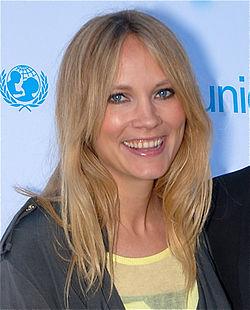 Moa Gammel på en Unicef-gala i Stockholm den 1 maj 2012.