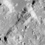 Mons Vitruvius AS17-M-1218.jpg