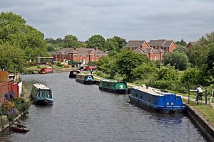 Appley Bridge - Image: Moorings, Leeds and Liverpool Canal, Appley Bridge (geograph 4531278)