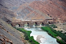 Moshir Bridge on Dalaki river Borazjan Iran.jpg