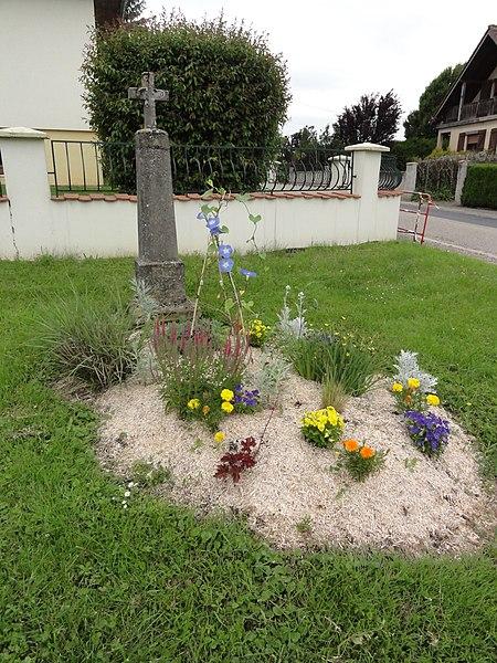 Moussey (Moselle) croix de chemin A