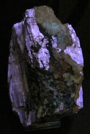 Agrellite - Agrellite showing fluorescence in ultraviolet light