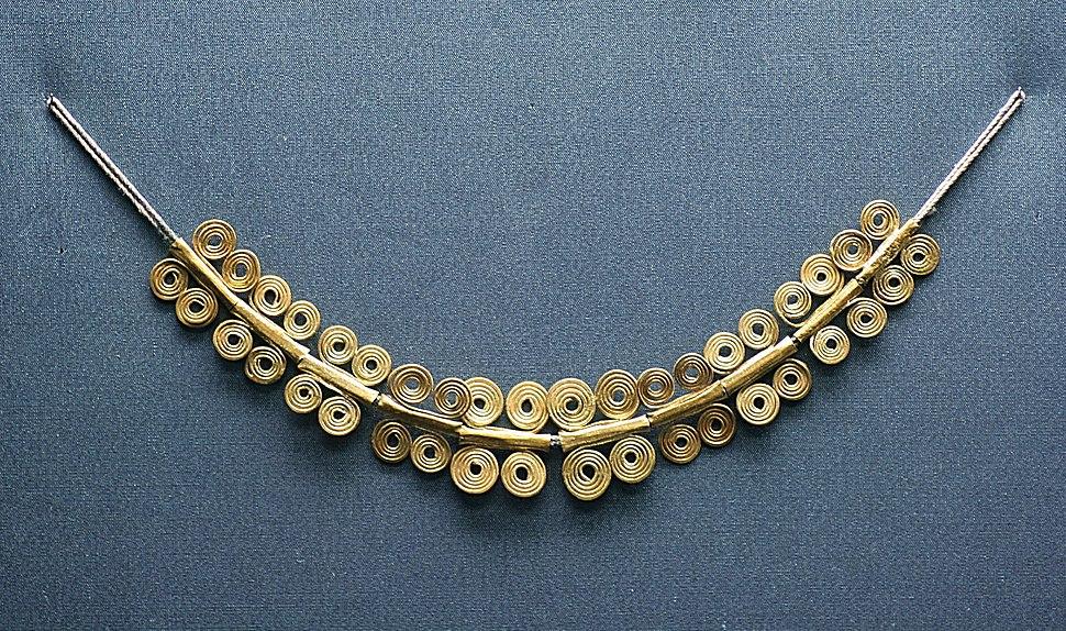 Ourivaría: colar de ouro micénico, século XII a. C.