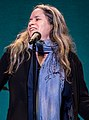 Natalie Merchant 07 15 2017 -6 (36173271084).jpg