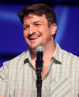 Nathan Fillion - Fillion at the 2014 Phoenix Comicon
