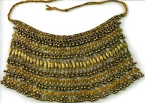Yemenite silversmithing - Barley-grain Labbe Necklace, Gilt silver filigree, granulation (20th-century)