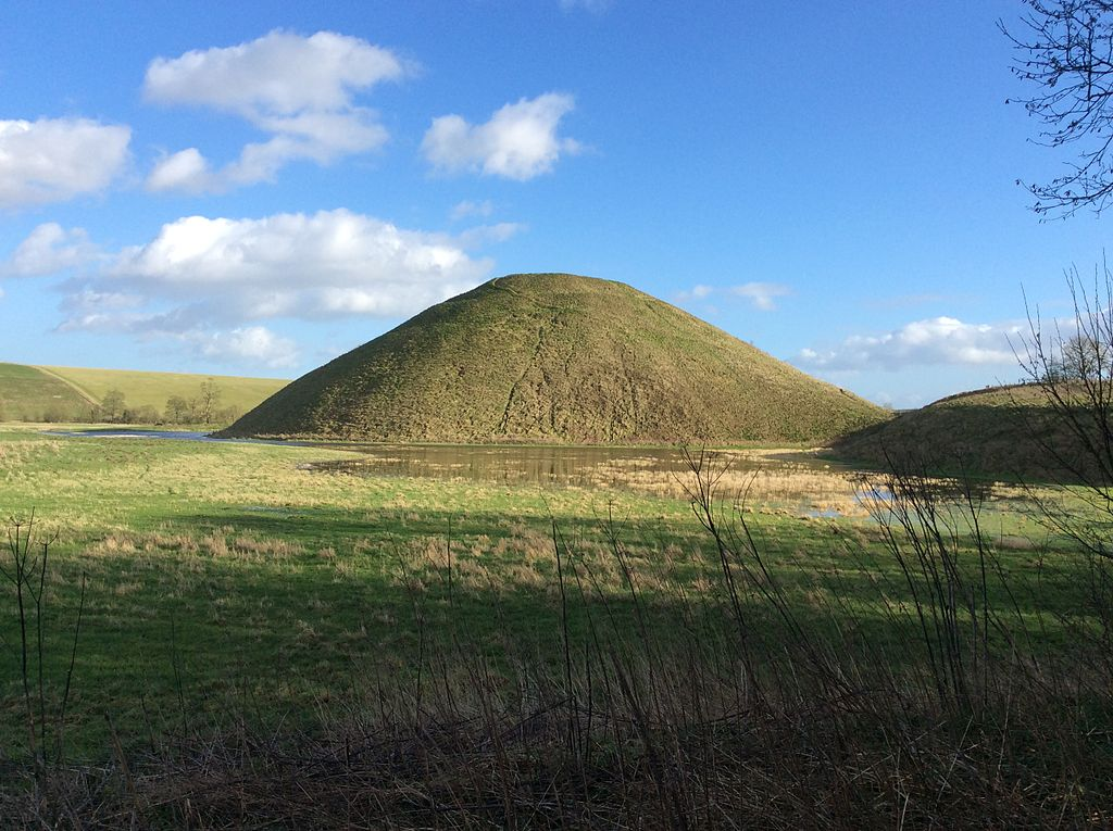 File Neolithic Silbury Hill Wiltshire Jpg Wikimedia Commons
