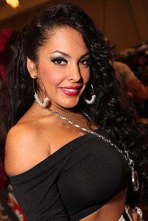 Nina Mercedez AEE 2013 3.jpg