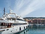 Nizza-harbour-yacht-4070960.jpg