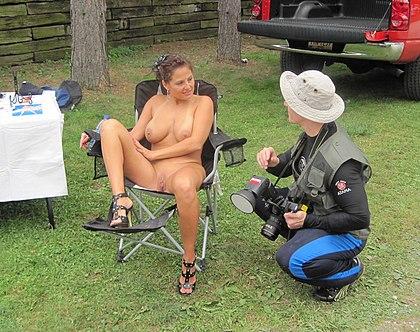 Male fucking a pregnant woman