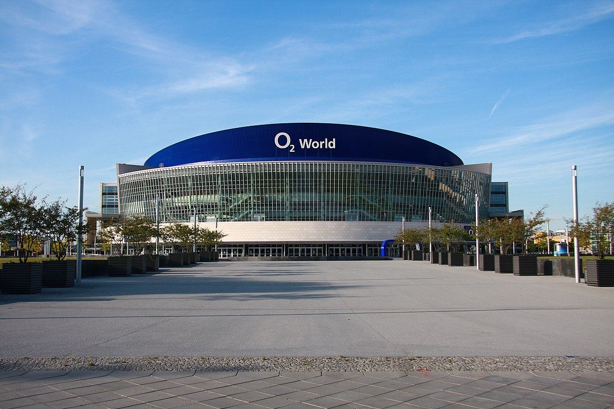 mercedes benz arena berlin wikipedia. Black Bedroom Furniture Sets. Home Design Ideas