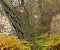 Oberer Teil der künstlichen Schlucht von Schloss Marienburg.jpg