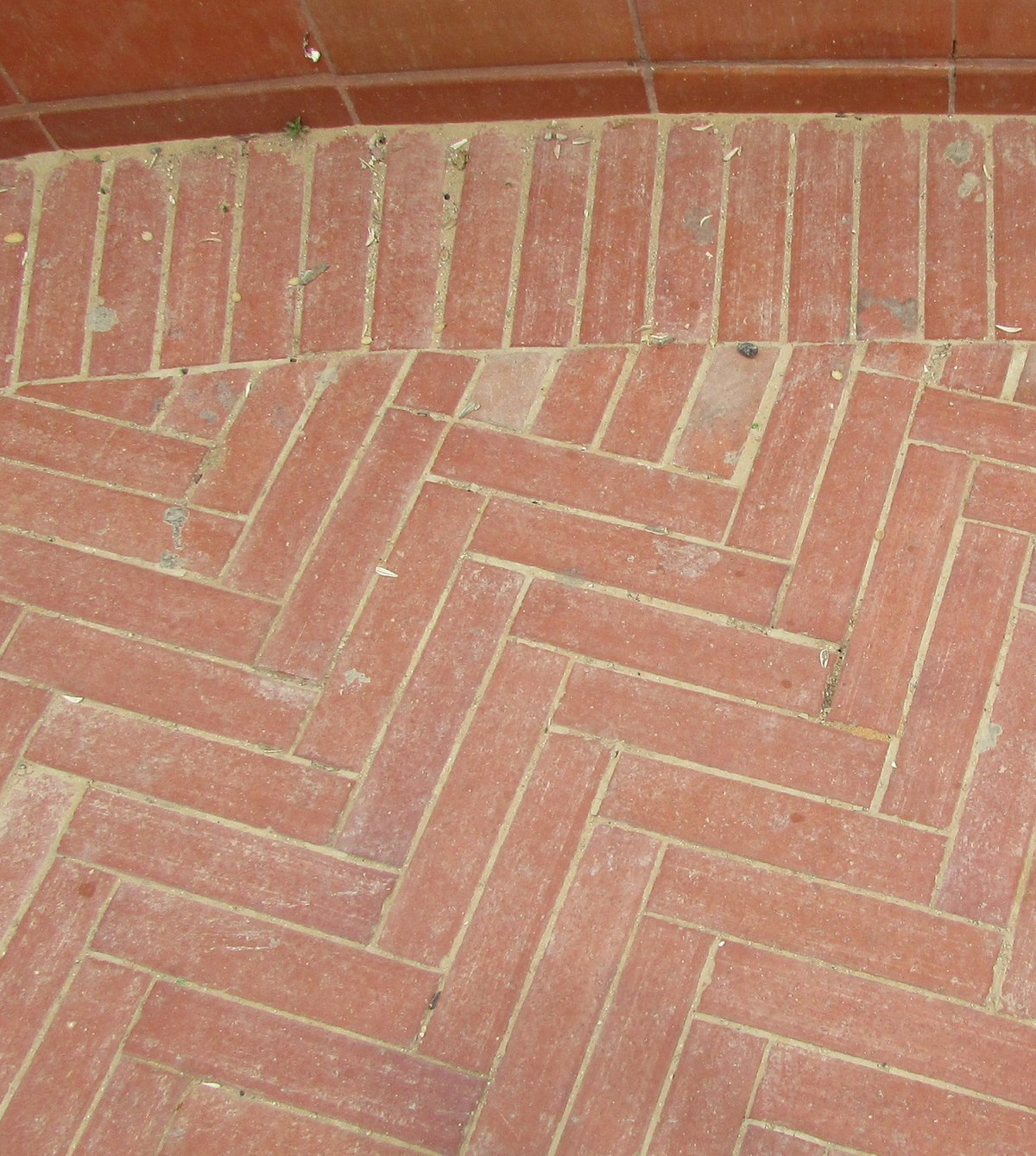 File Ofakim Park Terracotta Pavement