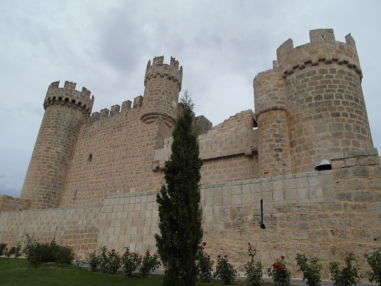 Пин от пользователя Castles in The World на доске Spain