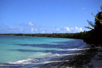 Orona - Image: Orona Lagoon Shore 2000 AKK