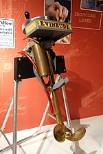 Outboard motor, Evinrude Motor Company, Milwaukee, Wisconsin, 1909, view 1 - Wisconsin Historical Museum - DSC03203.JPG