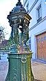 P1080392 France, Paris, la fontaine Wallace (point d'eau potable public) près de Shakespeare and Company Bookstore, rue de la Bûcherie en face de Notre-Dame (5629731312).jpg