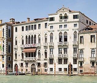 Venetian Gothic venetian gothic architecture - wikipedia