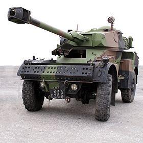 Panhard AML 90 au musée des blindés de Saumur.
