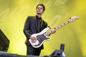 Dallon Weekes - Image: Panic at the Disco Im Park 2016 (5 von 11)