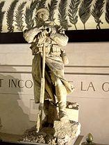 Paris (75), arc de Triomphe, soldat d'un monument aux morts à l'intérieur 5