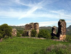 Partskhisi castle ruins (Photo A. Muhranoff, 2011).jpg