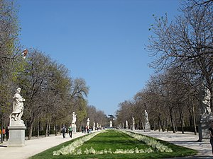 Paseo de la Argentina (a walk), in the Retiro ...