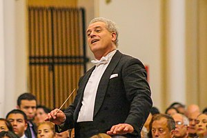 Patrick Fournillier - Patrick Fournillier conducting the Bogotá Philharmonic Orchestra.