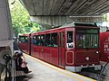 Peak Tram leaves Garden Road temporary platform 24-07-2019.jpg