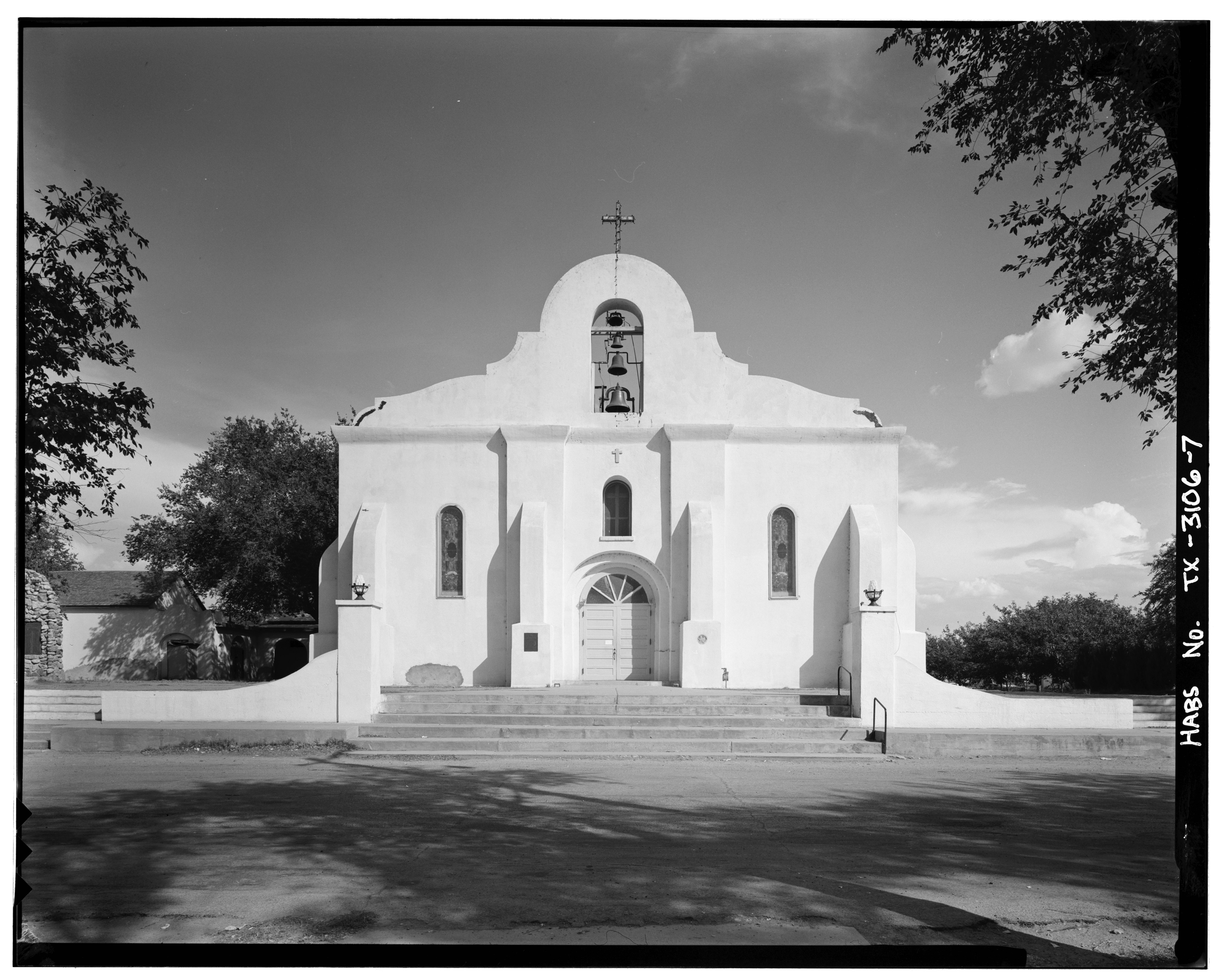 File:Perspective view of north (front) elevation - Iglesia ...