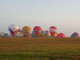 Philippine International Hot Air Balloon Fiesta 2.jpg