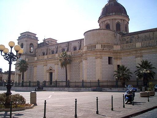 Piazza Duomo, Giarre