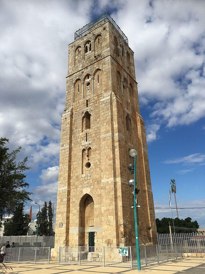המגדל (המסגד) הלבן
