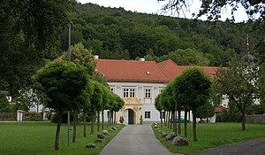 Pitten - Image: Pitten Pfarrhof