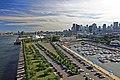 Pohled na centrum ze Starého přístavu - panoramio.jpg