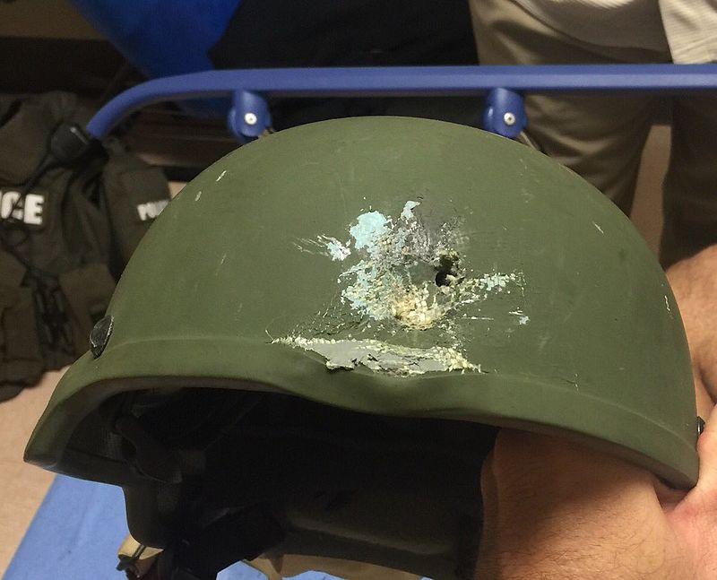 Police kevlar helmet, Orlando.jpg