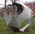 Polybas av Hans Winberg, aluminium, Eskilstuna.JPG