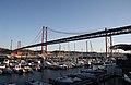 Ponte 25 de Abril. 25th of April Bridge. Marina. (3812285489).jpg