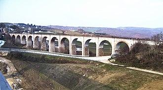 Campolieto - Image: Ponte ferroviario nei pressi della stazione di Campolieto Monacilioni (retouched)