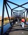 Ponte pedonal sobre o esteiro de São Pedro 2.png